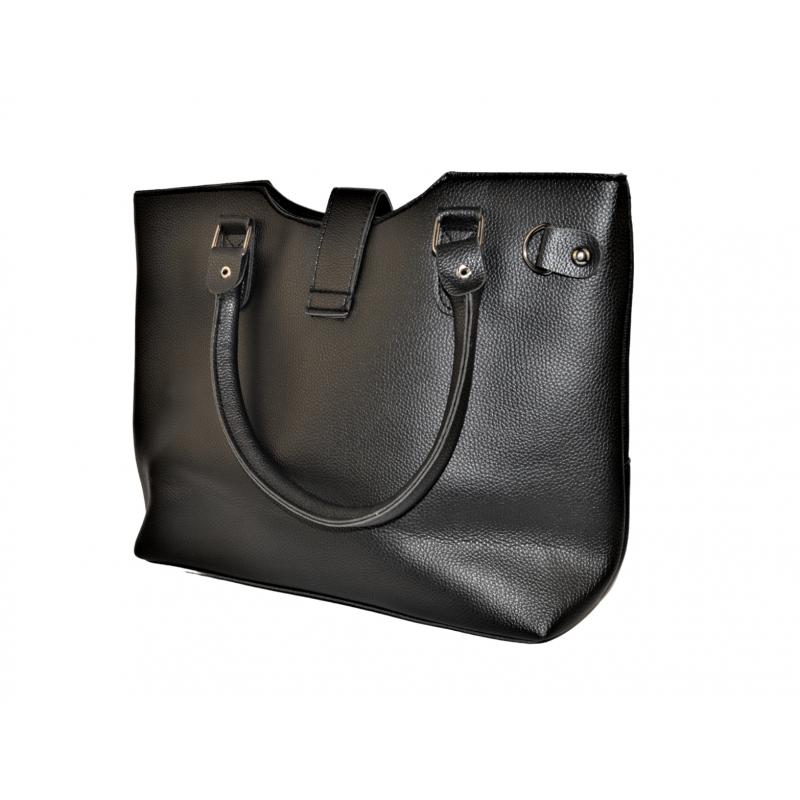 Дамска чанта в черно 004