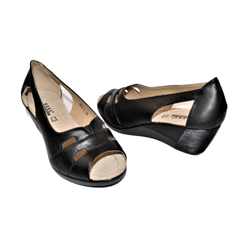Дамски отворени обувки в черно 892-1