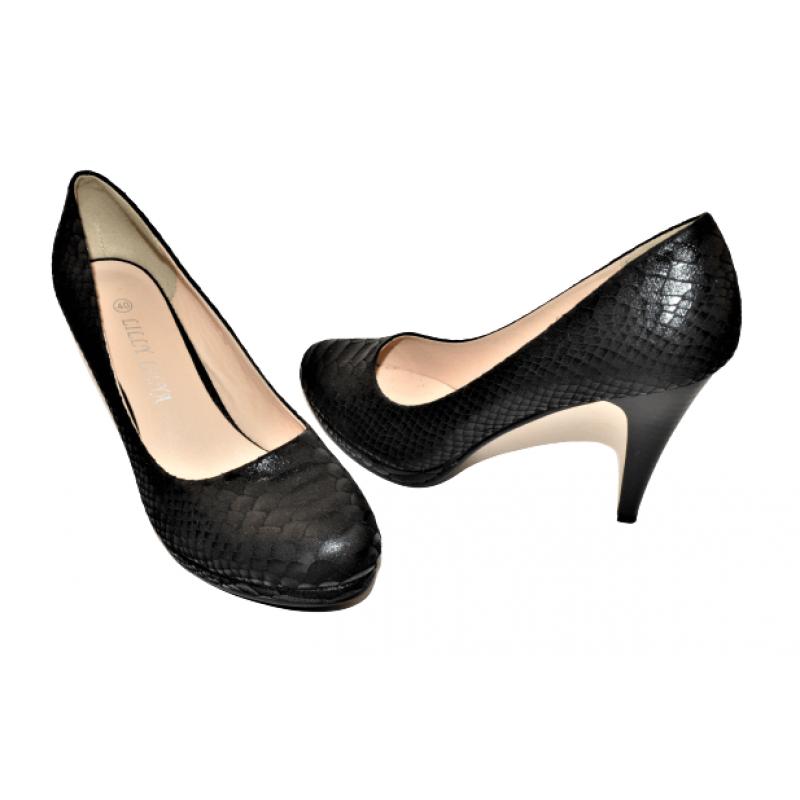 Дамски елегантни обувки на ток в черно C1552