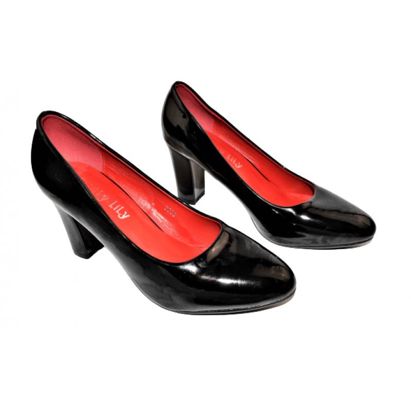 Дамски лачени обувки на ток в черно ETOL3089