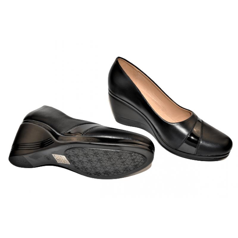 Дамски елегантни обувки на платформа в черно 1A532