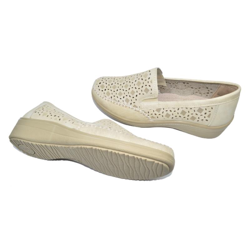 Дамски ортопедични обувки в бежово 201