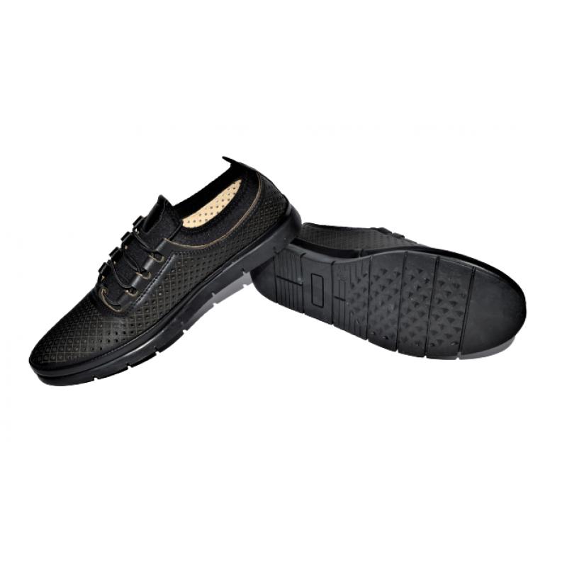 Дамски обувки в черно 442