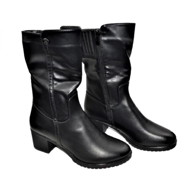 Дамски ботуши в черно 405