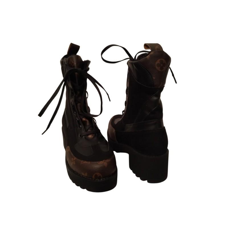 Дамски боти в черно с кафяво 632